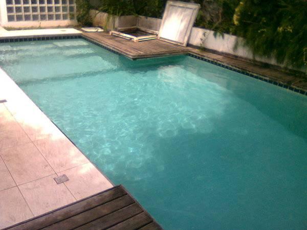 Manuten o e limpeza de piscinas qualy tratus piscinas for Empresas de piscinas