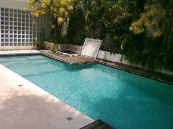 Tratamento de piscina na zona sul qualy tratus piscinas for Empresas de piscinas