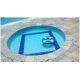 limpeza de piscina aquecida