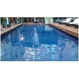 limpeza de piscina automatizada