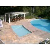 Serviços de limpeza de piscina na Chácara Flora